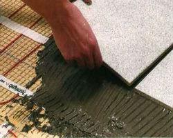 Монтаж плитки на инфракрасный теплый пол