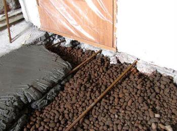 Монтаж керамзитового утеплителя под стяжку