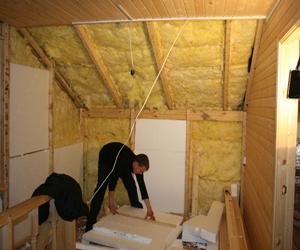 Работа по теплоизоляции здания из бруса