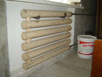 С помощью теплокраски Корунд можно изолировать даже стены за радиаторами