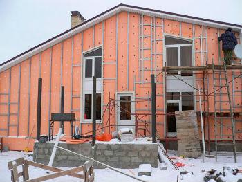 Пеноплексом утепляют фасады зданий любого типа