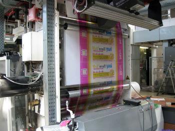 Упаковывание пенопласта Кнауф на производстве