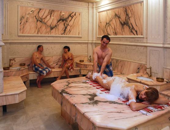 Принятия бани в хаммаме