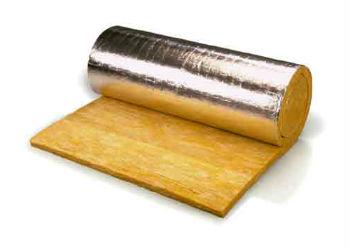 Рулон минеральной ваты с фольгированным отражателем