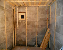 Каркас для утепления стен в бане из блоков