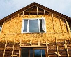 Процесс утепления деревянного дома с помощью каркасной технологии