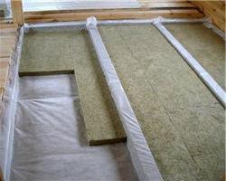 Утепление деревянного балочного перекрытия минеральной ватой