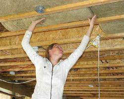 Утепление потолка изнутри минеральной ватой