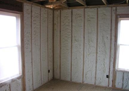 Утепление пенопластом стен угловой комнаты изнутри