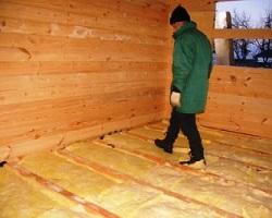 Утепление полов деревянного дачного дома минватой