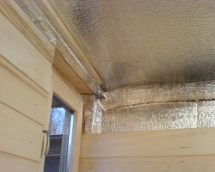 О тонкостях утепления потолка в бане